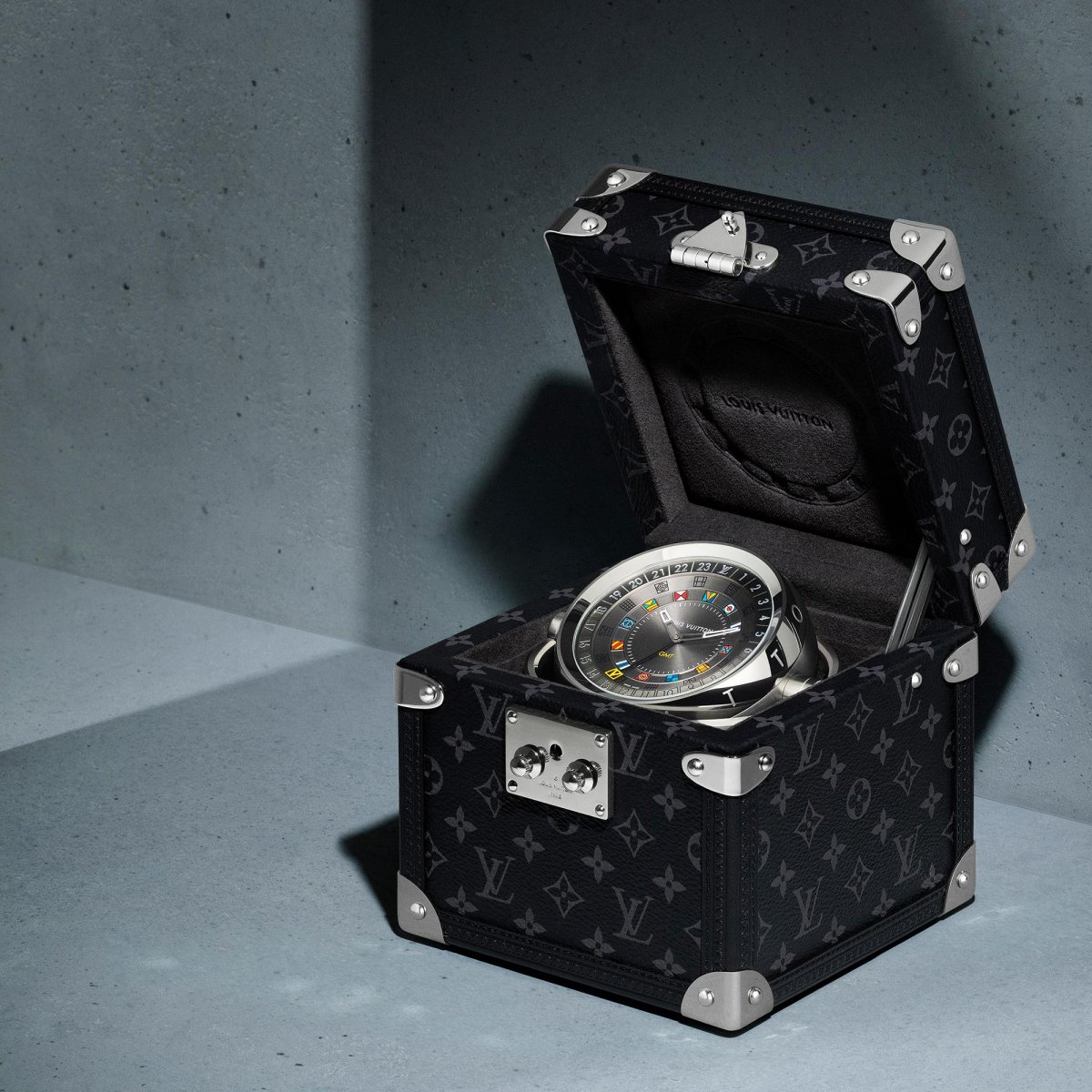 The Louis Vuitton Trunk Table Clock to represent our Father's Day gift guide.
